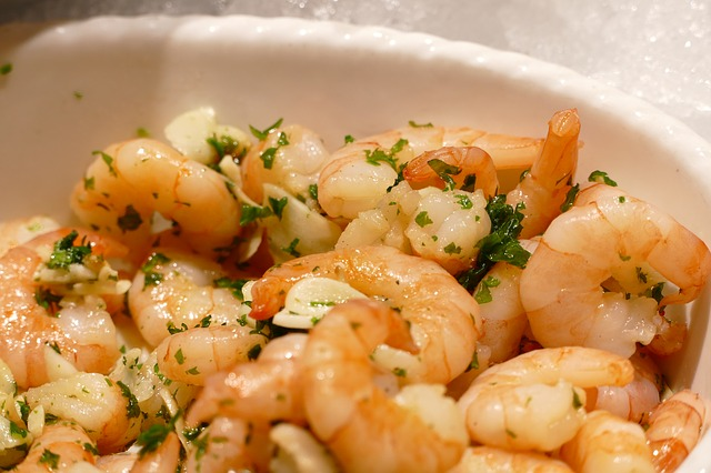 Kuchnia śródziemnomorska, co warto spróbować?
